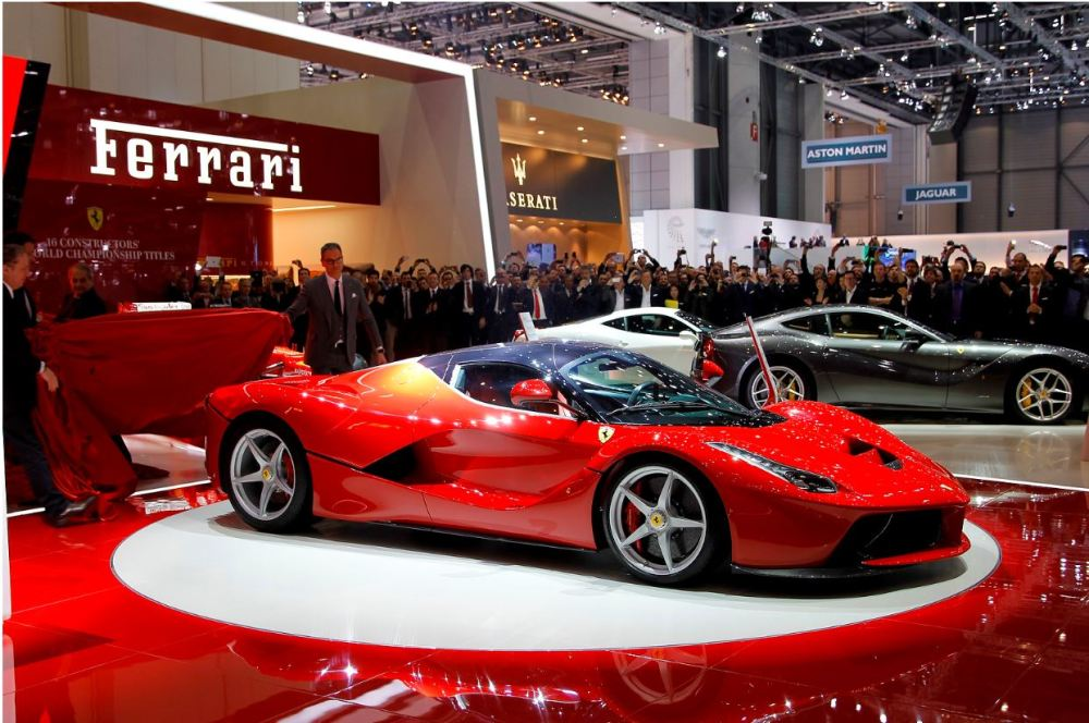 Geneva Motor Show: Enzo Replacement F70,