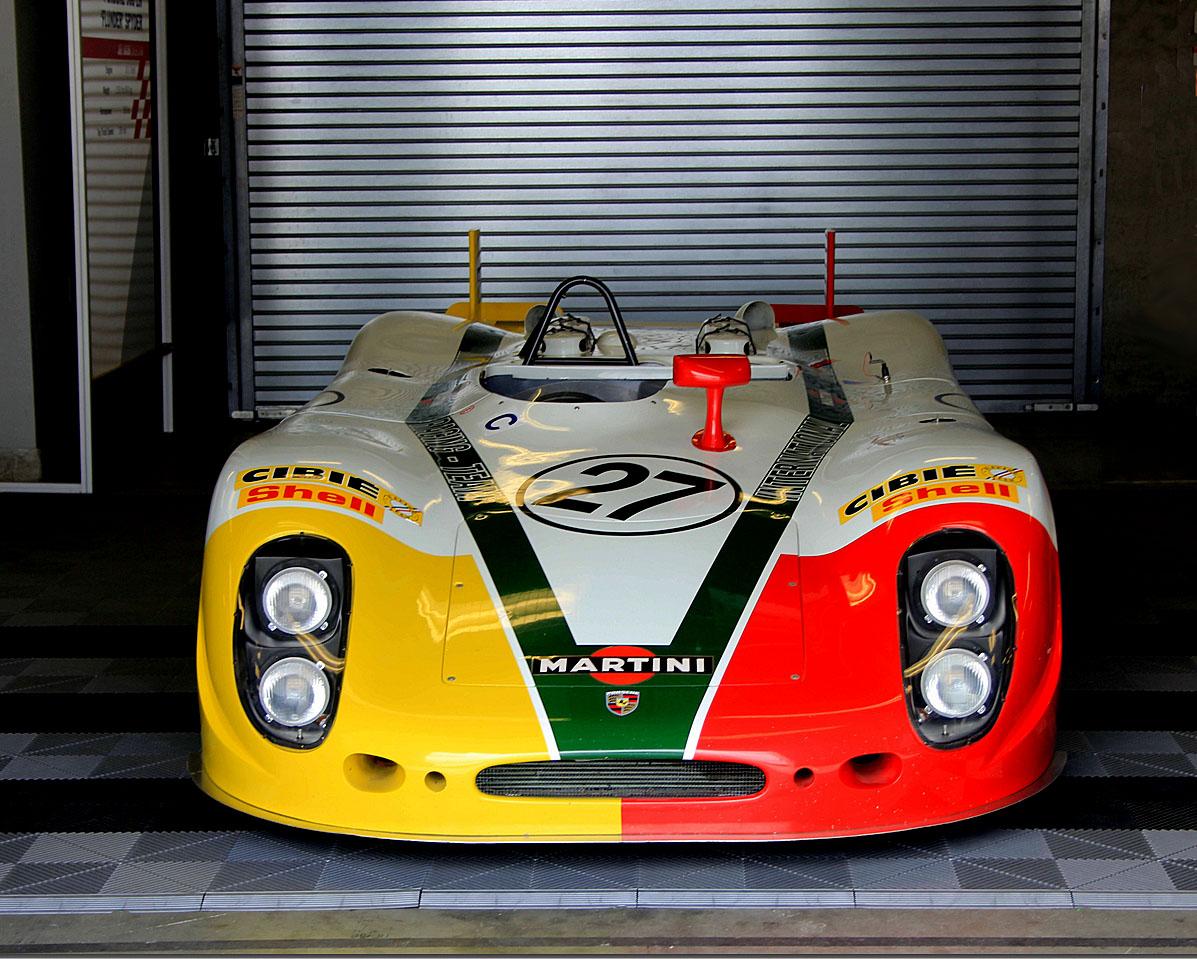 Porsche 908 Cibie